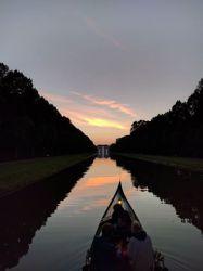 Sonnenuntergang im Hofgarten Schleißheim bei abendlicher Gondelfahrt
