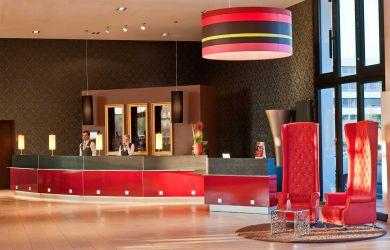 Leonardo-Royal-Hotel-Munich_Lobby_2