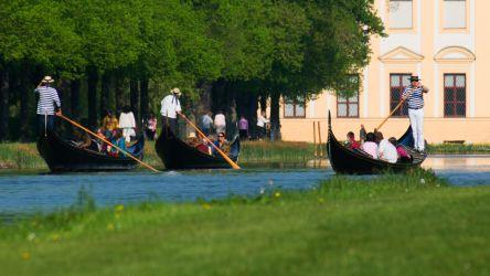 Gondeln in der Schlossanlage Schleißheim
